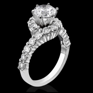 What are the Different Types of Antique Vintage Engagement Rings