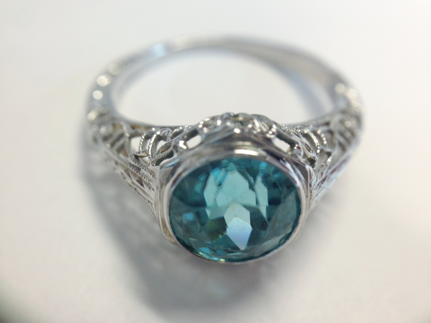Vintage Platinum Ring with Blue stone