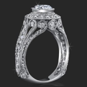 Head Turning Bezel Set Vintage Queen with Stylish Antique Qualities and Unsurpassed Beauty – bbr286