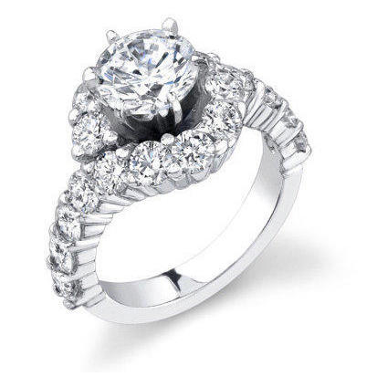 Perfectly Designed Twist and Loop Setting with Endless Diamonds and