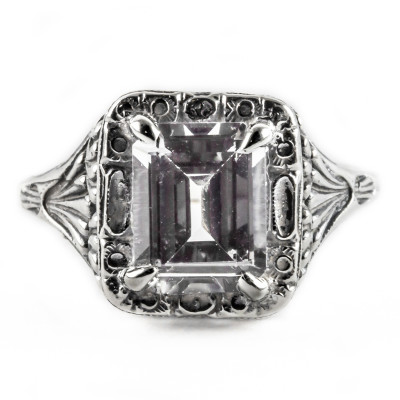 e031bbr | Antique Filigree Ring | for a 2.45ct. to 2.55ct. emerald stone | Renaissance