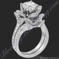 the small crimson rose diamond engagement ring set