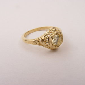128-6fbbr | Pre-Set Antique Filigree Ring | .52ct. Round Diamond | Scrolls