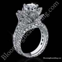 1.67 ctw. Small Hand Engraved Blooming Beauty Wedding Ring Set<br>$5600
