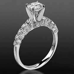 1ct. round diamond engagement ring