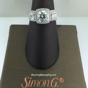 Simon G Elite 3 Stone Diamond Engagement Ring – MR2080