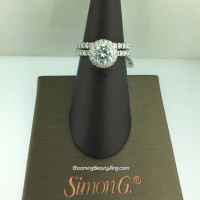 Simon G Passion Petite Classic Halo Wedding Set - MR1811