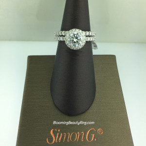 Simon G Passion Petite Classic Halo Wedding Set – MR1811
